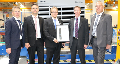 Klaus Nyström, Managing Director, (2nd from right) and Markus Antikainen (Product Manager, centre) travelled to Schkeuditz to accept the ECOSTAR condensing unit from the new LHVE series as well as the corresponding certificate