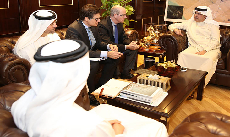 H.E. Saeed Mohammed Al Tayer, MD & CEO of Dubai Electricity and Water Authority (DEWA) with the ABB delegation