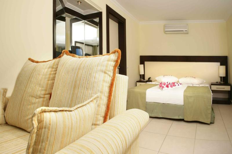 hospitality 2_shutterstock